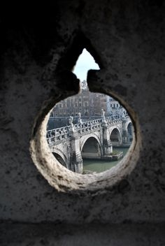 caravaggista:  View of the Ponte Sant'Angelo from the Castel Sant'Angelo in Rome. January 9, 2014.