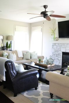 Summer Home Tour from Life On Virginia Street - plus 20+ other summer home tours! SO much inspiration!