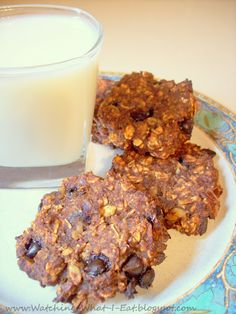 Watching What I Eat: Cocoa Banana Oat Breakfast Cookies