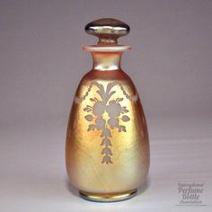 Aurene, gold over Calcite - Engraved Flowers :: Corning, NY, USA 1915-1932