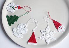 Christmas decorations, set of 6. Cotton crochet Christmas decorations, red white green.