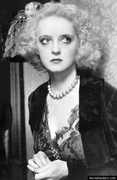 Bette Davis - Beautiful Classic Actresses of the 1920s 1930s 1940s 1950s Those are EYES