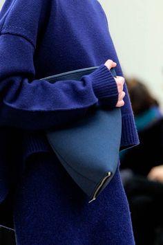 street fashion, couture details, russian blue, color, fashion blogs, knit fashion, fall 2013, clutch bags, céline fall