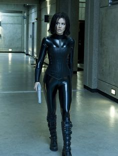 What I would give up to get Selene's figure >>> Underworld Workout