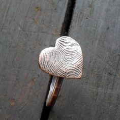 another type of fingerprint ring!