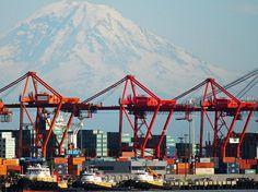 Seattle, WA with Mt Rainer in backround