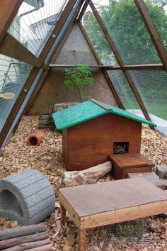 literal dream guinea pig house. this is amazing AND attractive AND good for pigs :)