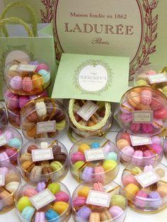 Miniature macarons by Paris miniatures