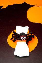 Halloween Activities: Halloween Spider Decorations