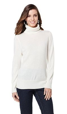 A classic cashmere sweater will never go out of style! Leave it to @DianeGilman to design one so luxurious that any woman, any age can wear it no matter what her style.