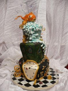 Really unusal and beautiful cakes always catch my eye. This is amazing!