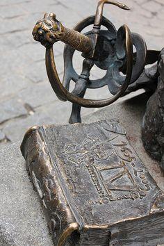 Estatuas de Quijote y Sancho en Alcalá de Henares, Madrid.