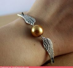 geek, harri potter, angel wings, snitch bracelet, christmas presents, bracelets, golden snitch, silver, harry potter