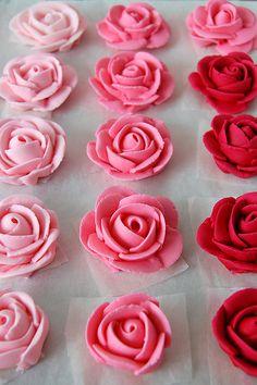 royal icing roses