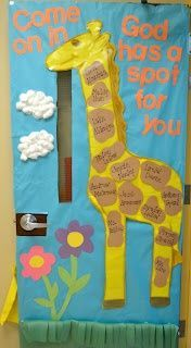 Preschool Door Decorations | Giraffe Classroom Door Decoration Idea | Preschool
