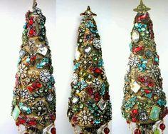 O Bejeweled Christmas Tree
