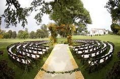 Circular seating offers a new dimension to outdoor weddings