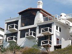 Oceanfront Villa: Five Master Suites with Full Ocean Views!