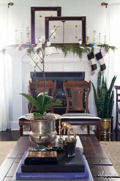 Simple Christmas mantle with garland   The Makerista