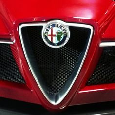 #alfa #romeo #alfaromeo #8c #spider #loud #v8 #roadster #convertible #droptop #topless #carbonfiber #carbonfibre #red #fire #cars #car #whips #northmiami #Italian #exotic #supercar #fast #performance #biscayne #fiatnorthmiami » @moe925 » Instagram Profile » Followgram