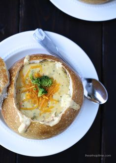 Broccoli and cheese soup recipe on iheartnaptime.net ... creamy, delicious and ready in 30 minutes!