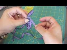 ▶ Ribbon Weaving with En-May - YouTube