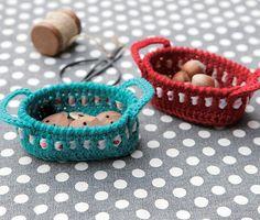 Mini Crochet Basket: free pattern