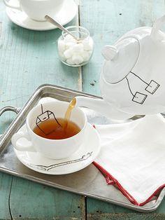 How to make an adorable Trompe L'oeil teapot #diy