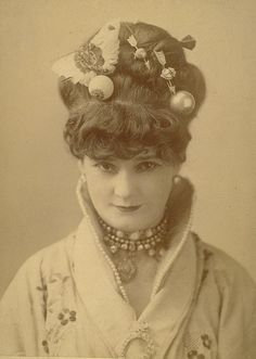 Though her name (Lotta Crabtree) almost sounds made up, this engaging Victorian woman (and her moniker) were indeed real. She was an American actress, comedian and entertainer who also took part in the California gold rush. #Victorian #19th_century #1800s #photograph #antique #vintage #woman #actress #gold_rush #Lotta_Crabapple