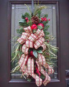 Christmas Swag Fruit Teardrop Williamsburg Style via Etsy.