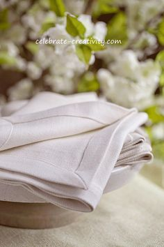Napkin-tray5.  Mothered corners how to