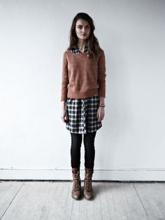 how tow ear a brown knit sweater