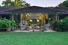 4 Luxury Villas in Barbados that are almost too good to be true.   http://bit.ly/1h06Yk8