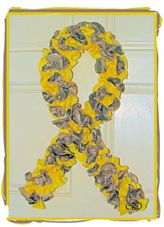 US Air Force Camo Soldier Yellow RIbbon Wreath