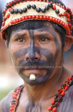 Brazil |  Portrait of Parakanã Amazonian Indian.  Xingu Indigenous Park, Para | © Serge Guiraud