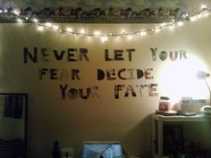 I would love to write something on my wall like this.