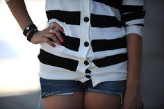 Love black and white sweaters....