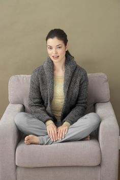 Free sweater pattern to knit from Lion Brand