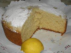 Bizcochuelo sin huevo. Ver la receta http://www.mis-recetas.org/recetas/show/41532-bizcochuelo-sin-huevo