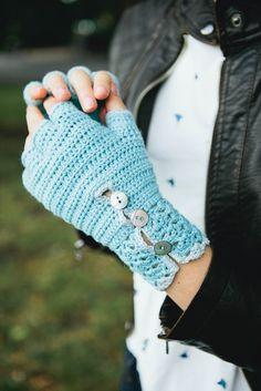 Genevieve Gloves by Nicky Hale, Inside Crochet issue 46   Inside Crochet