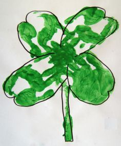 """Handprint four leaf clover: kids are going to send to the grandparents : """"I'm lucky you're my.... It'll be adorable."""