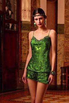 """Mágica colección de Lise Charmel en verde """"cashmer"""". www.facebook.com/pespunttesmodaintima"""