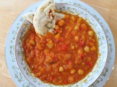Hearty Butternut Squash & Chickpea Curry Chili
