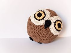 owl round owl, owl pillows, owl cushion, crochet owls, crochet cushions