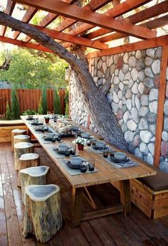 via Rustico | modern rustic pergola | outdoor dining with tree stump seating