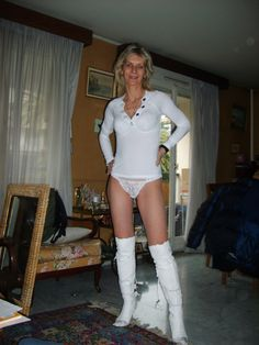 Sexy Mature Ladies: French mature amateur lady
