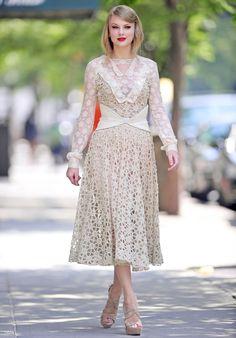 Taylor Swift and crochet dress