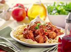 How to fundraiser ideas and fundraising events with a spaghetti dinner and cupcake recipe