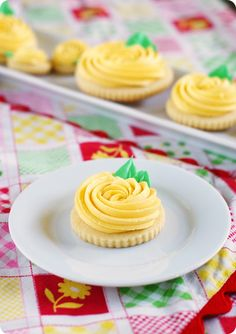Yellow Rose Cookies