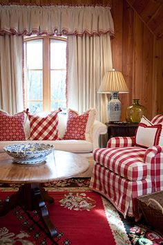 chair, coffee tables, pillow, living rooms, red, sitting rooms, cottage style, buffalo check, country look